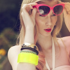 Fashion Photography   Rever Magazine summer accessory editorial